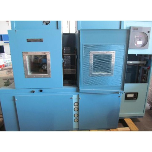 A98466 Thermotron Thermal Shock Environmental Dual Test Chamber