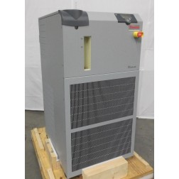 R118229 Thermo Scientific Neslab Thermoflex 7500 Recirculating Chiller