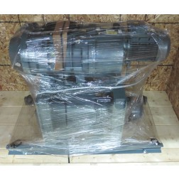 C116370 Edwards EV100 Rotary Vane Vacuum Pump & EH1200 Mechanical Booster Pump